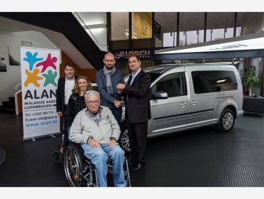Fahrzeugübergabe eines Volkswagen Caddy Maxi und Volkswagen up! an den gemeinnützigen Verein ALAN - Maladies Rares Luxembourg